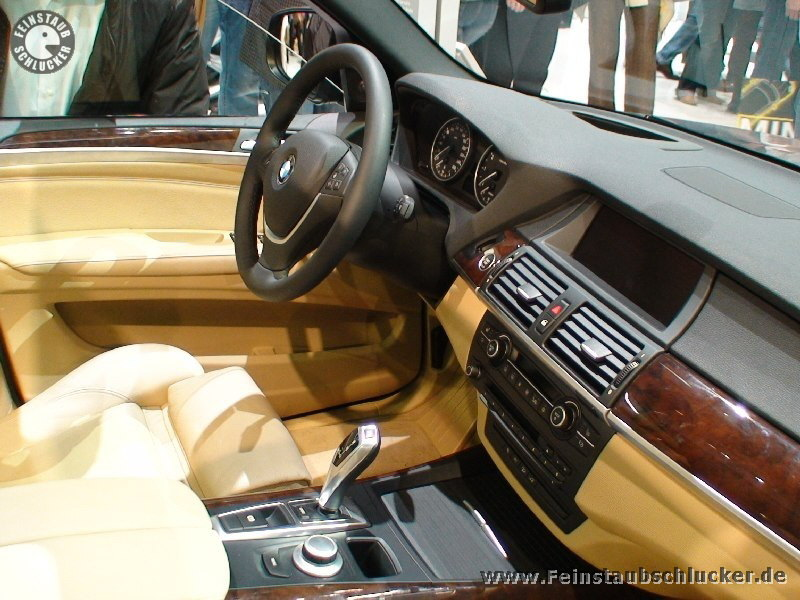 Genf 07 bmw benz for Interieur x5